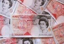 Inghilterra, il nuovo volto delle 50 sterline: in corsa Hawking e Tatcher