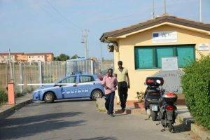 mafia nigeriana cara di mineo catania