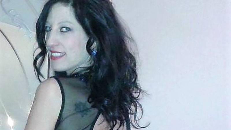 Antonella Tuosto, la donna che nella notte di Capodanno venne ferita gravemente dai fuochi d'artificio, si è risvegliata dal coma farmacologico