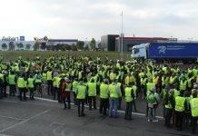 "Francia, Gilet gialli a Di Maio: ""No a ingerenze dell'Italia"""