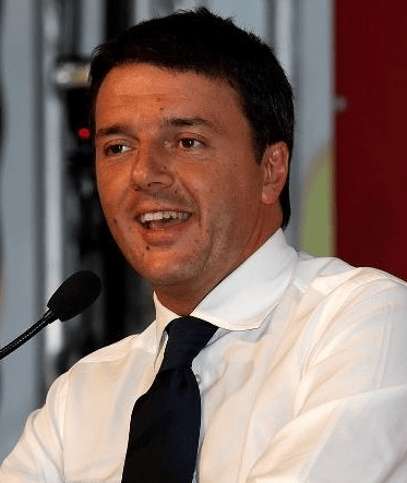 Carige, dopo il decreto arriva l'attacco di Renzi a Di Maio e Salvini