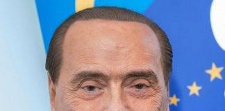 """Europee, Berlusconi si candida alle elezioni per """"senso di responsabilità"""""""