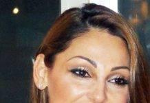 Sanremo 2019, Anna Tatangelo e la scollatura da urlo all'Ariston