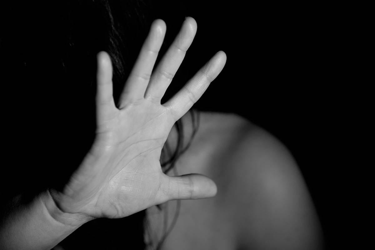 Cosenza, violenza sessuale