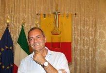 Napoli, allerta meteo: De Magistris chiude le scuole, i parchi e i cimiteri
