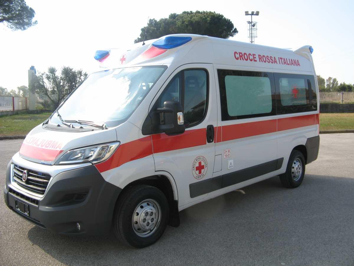 Roma, passeggero muore a Termini: caos e dramma sulla linea A