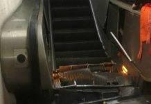 roma metro policlinico guasto scala mobile passeggeri