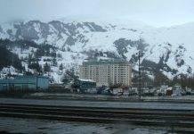 Alaska: la città di Whittier e il Begich Towers Condominium