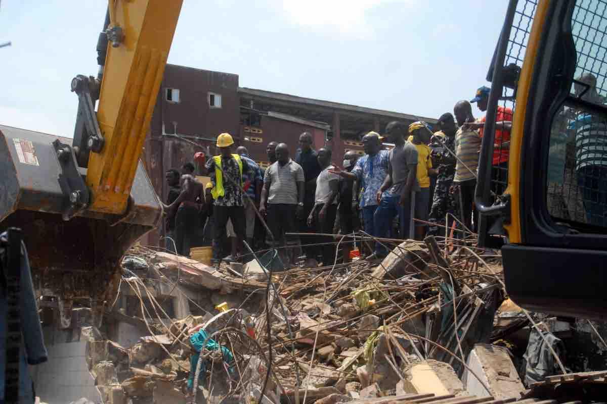 Nigeria, crolla una scuola a Lagos: si teme una strage