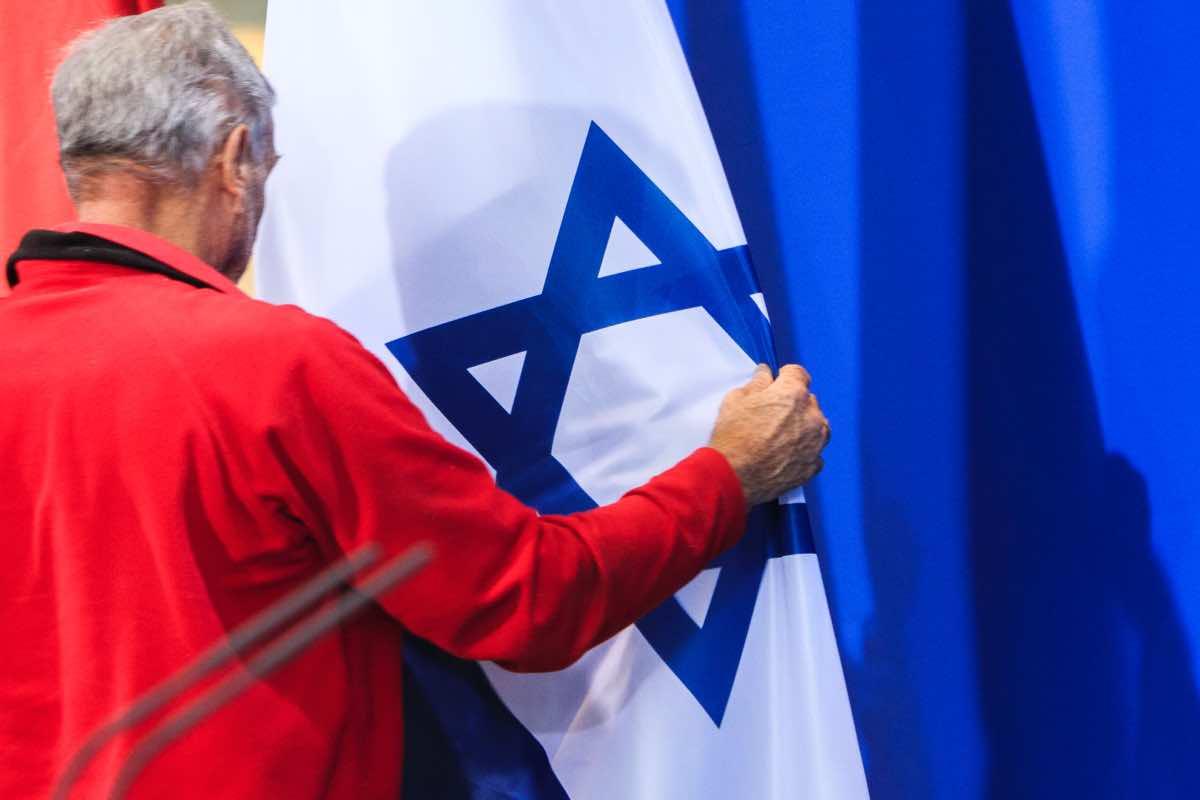 Israele, due razzi lanciati da Gaza: scatta l'allarme a Tel Aviv