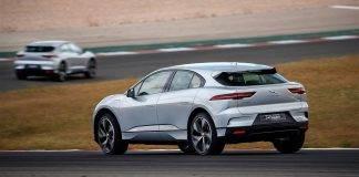 Con un SUV elettrico ad aggiudicarsi il premio come auto dell'anno c'è la Jaguar I Pace. L'auto ha vinto per pochi punti contro l' Alpine A110