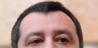 Potenza, Salvini in sostegno del candidato Bardi: contestato da studenti