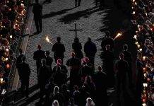 Sabato Santo, giorno di meditazione: la storia, i riti e perchè si celebra