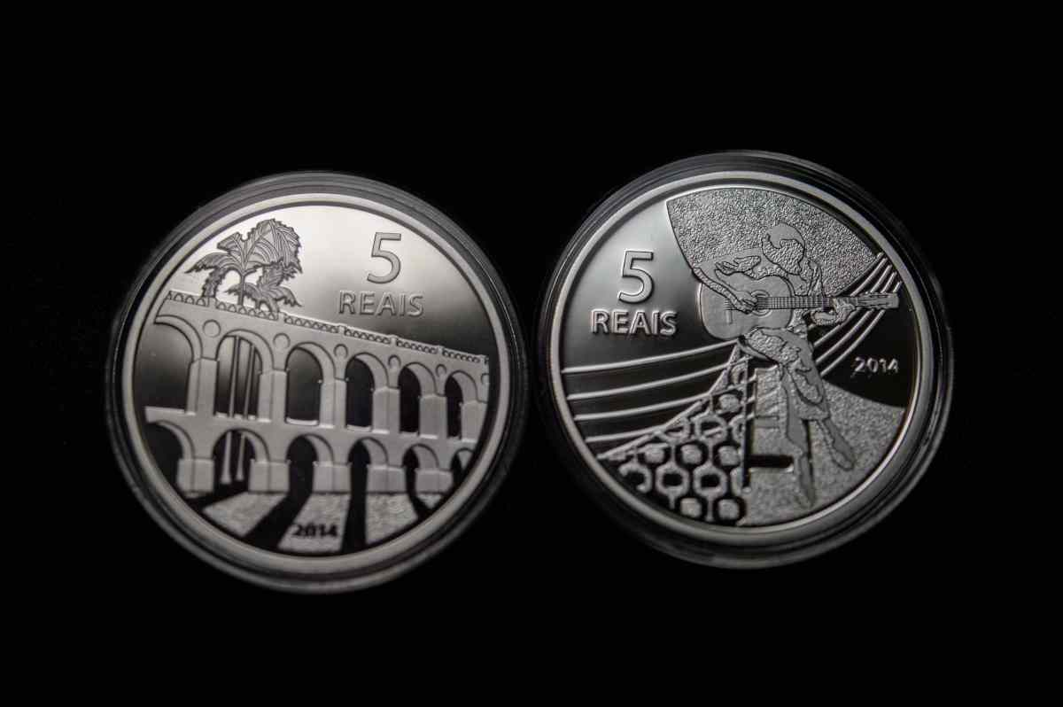 Zecca dello Stato: realizzata una moneta da 5 euro per celebrare la Vespa