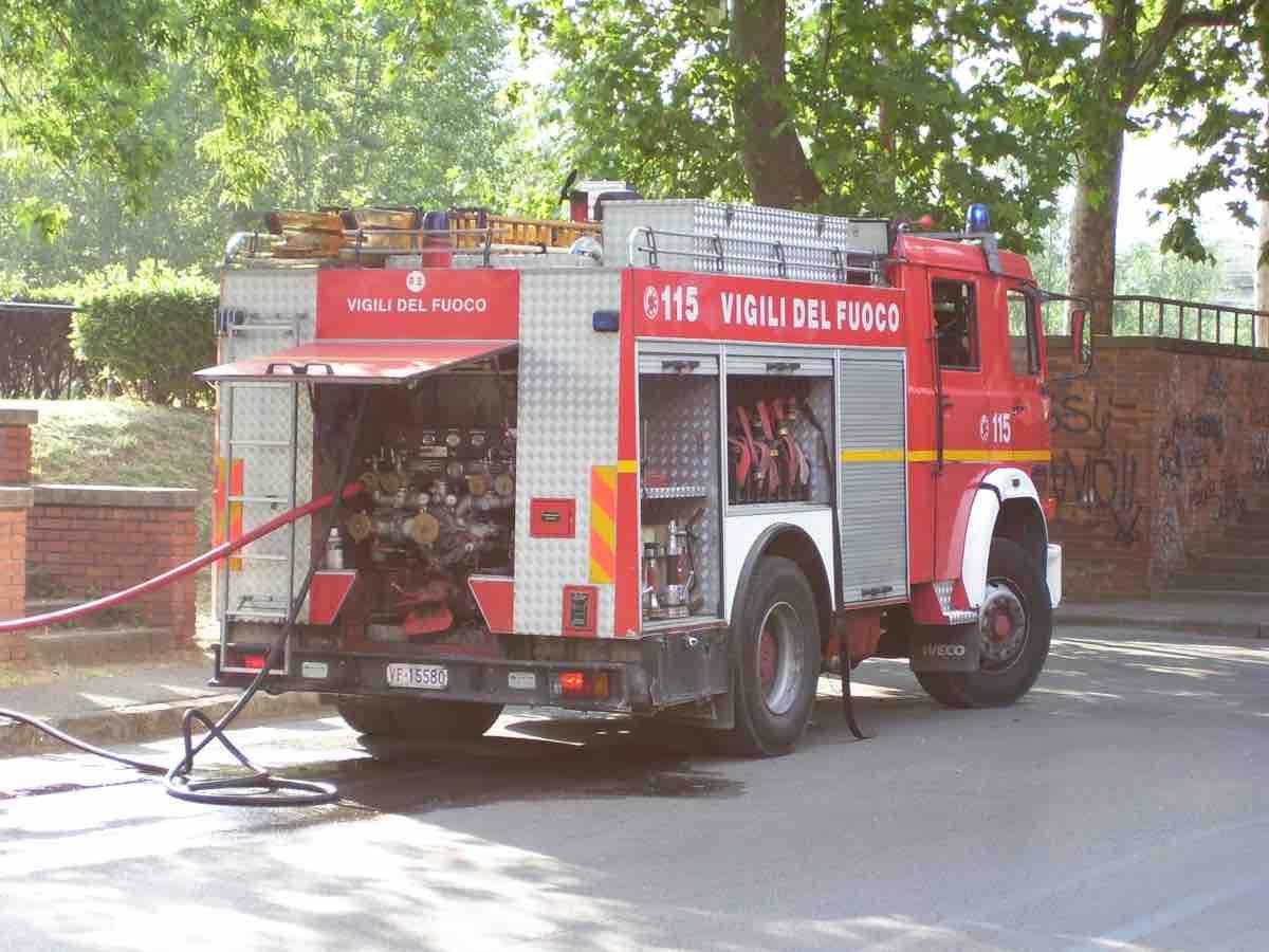 Terribile incendio in ospedale a Bergamo: una paziente è deceduta
