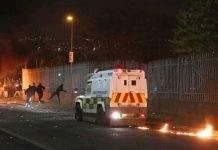 londonderry irlanda del nord scontri giornalista