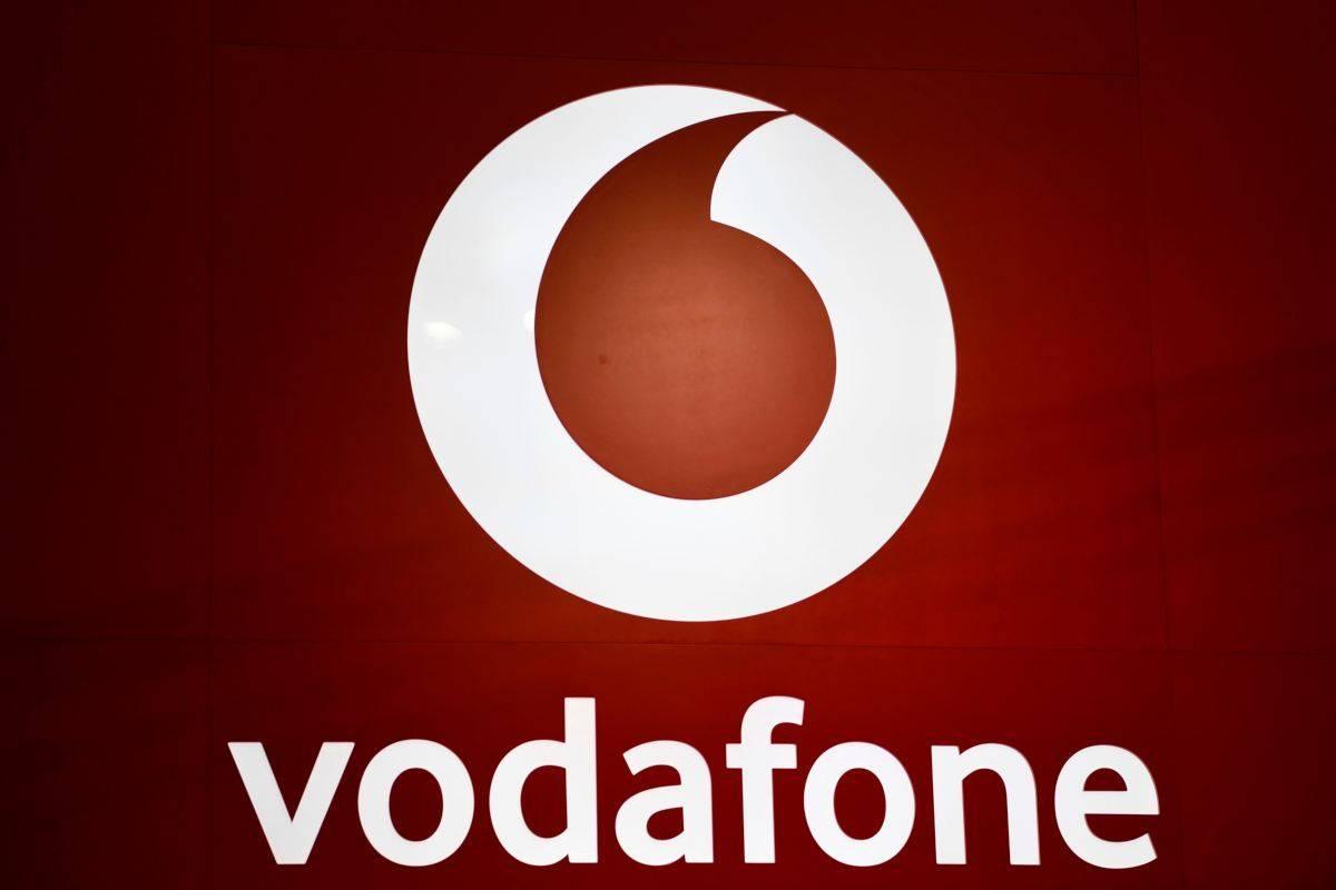 Vodafone Happy Friday: in regalo 4 Giga o un buono Mondadori Store