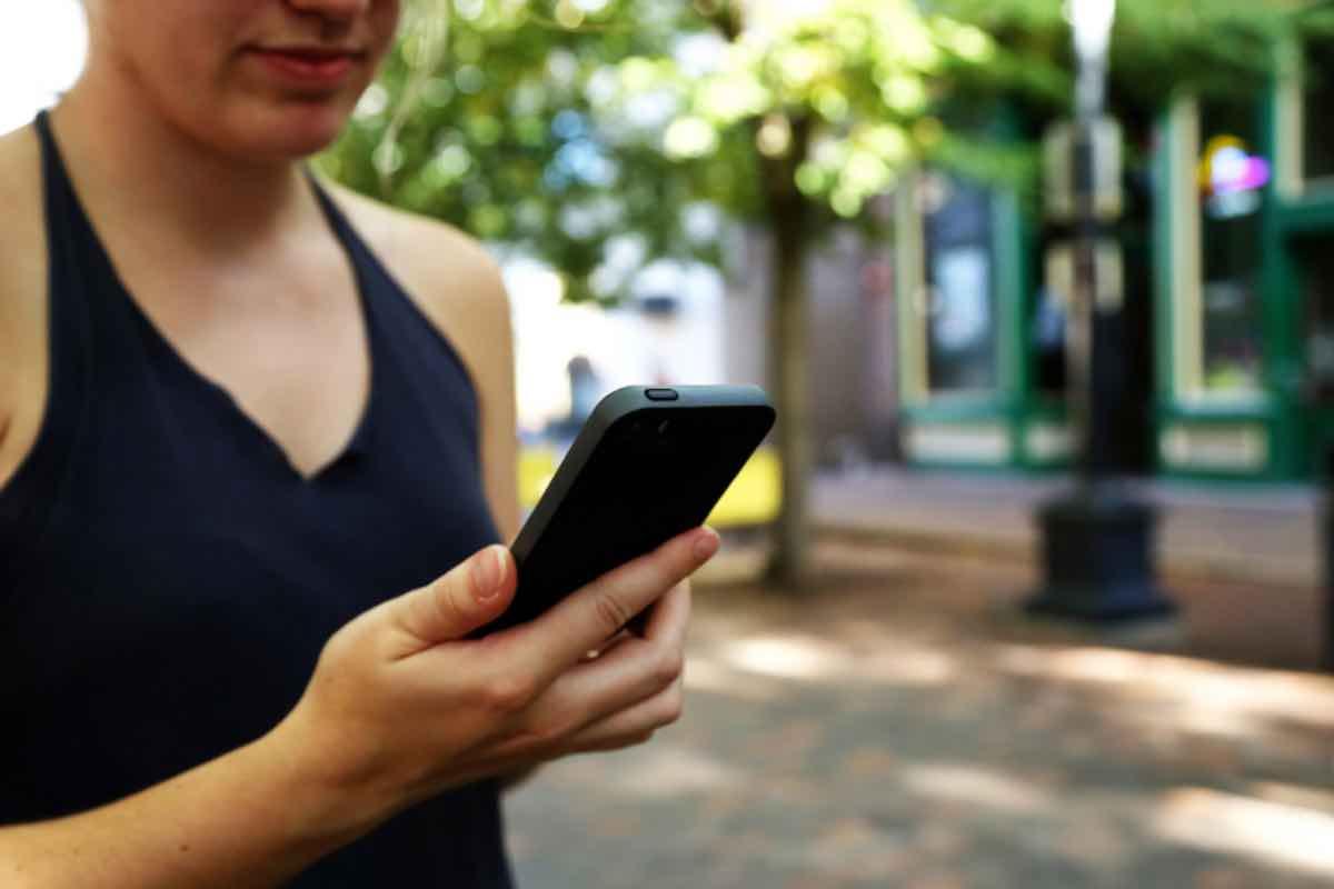 Smartphone intercettato: come capirlo