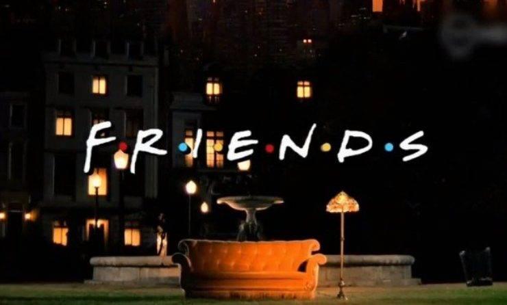 friends divano italia