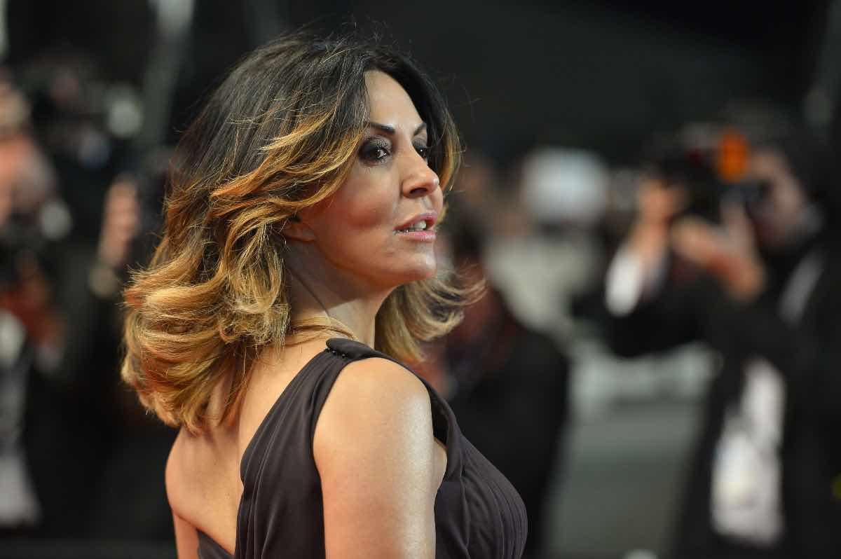 Sabrina Ferilli a Tu si que vales, chi è suo marito Flavio Cattaneo?