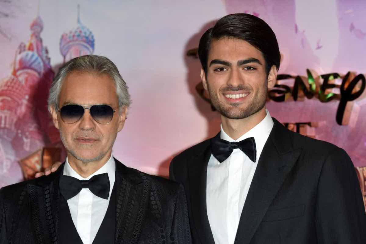 Le Iene - intervista doppia: chi è Matteo Bocelli, il figlio del tenore Andrea
