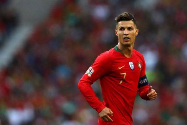 Cristiano Ronaldo, allenamento ed addominali su Instagram - FOTO