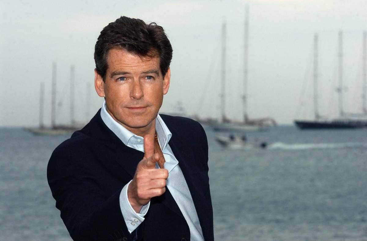 Agente 007 - Il mondo non basta: trama e cast del film in onda su Tv8