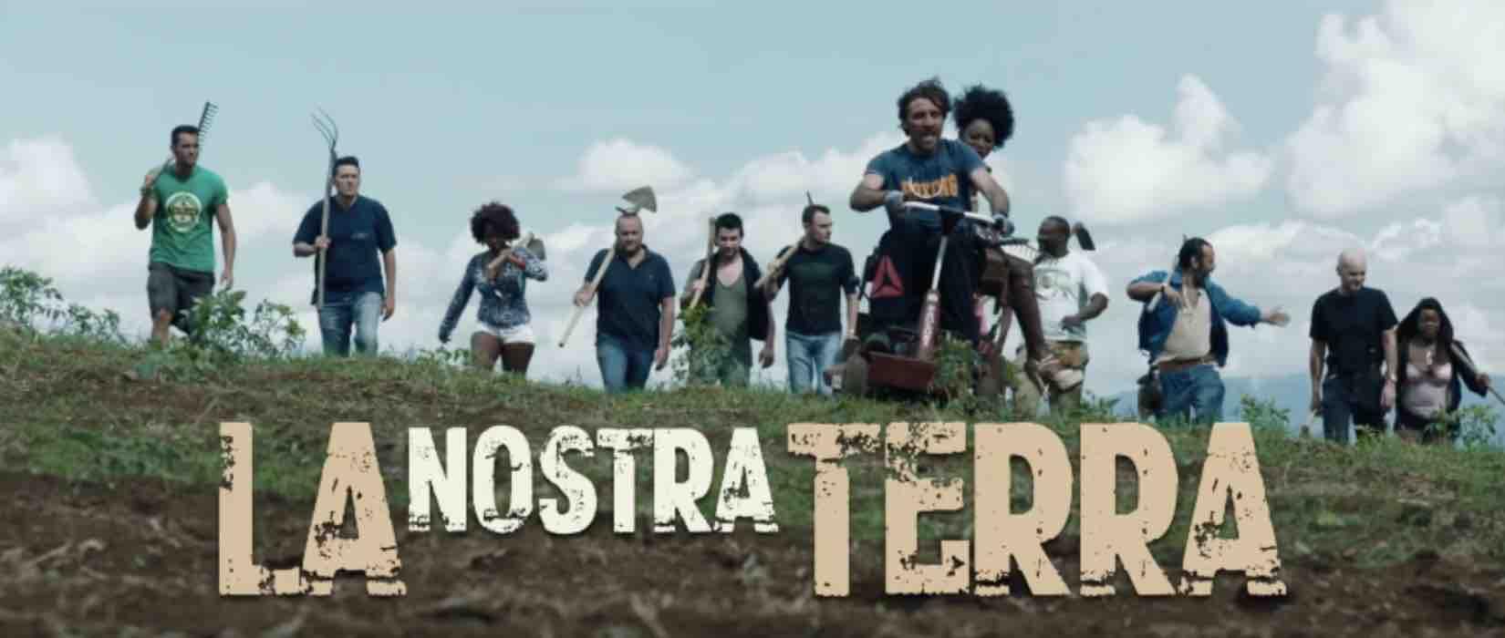 La nostra terra: trama del film su Rai 1 con Iaia Forte e Debora Caprioglio