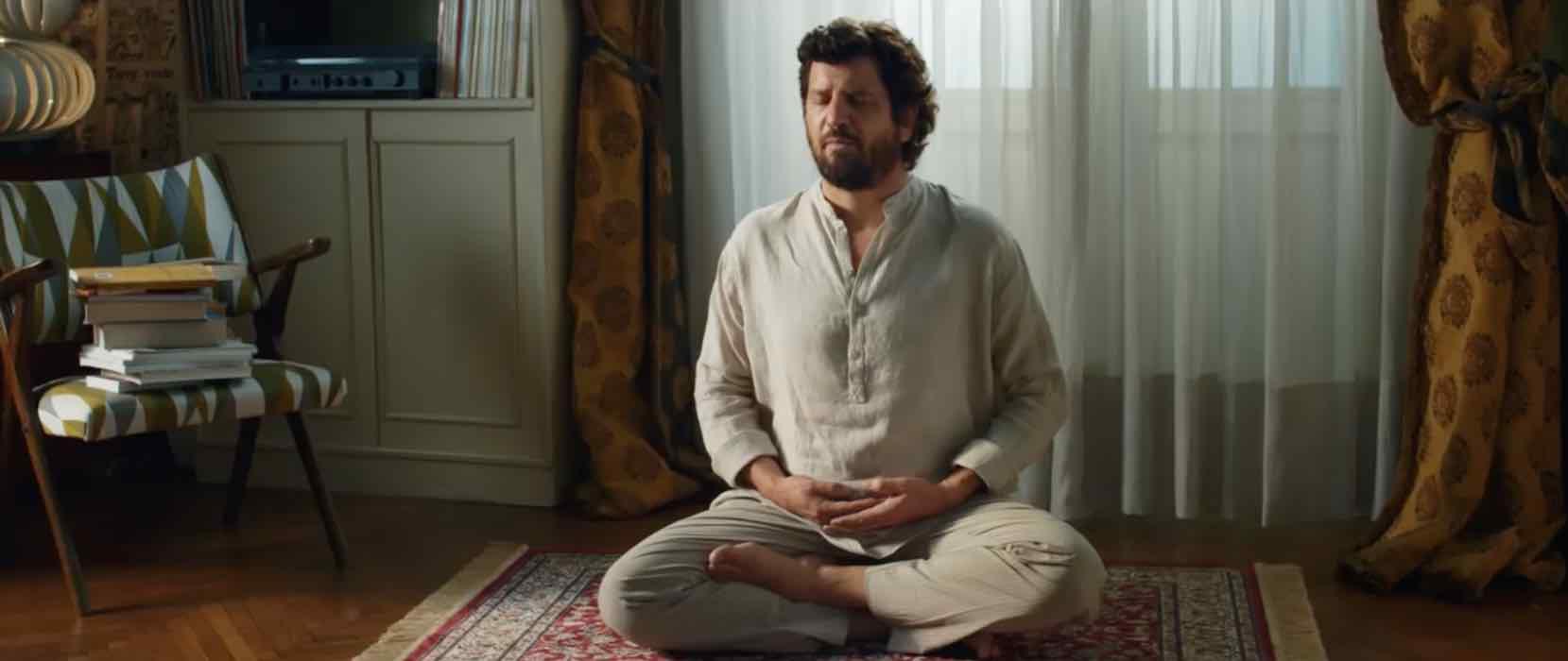 Rai 1, 'Questione di Karma': trama e cast del film con Fabio De Luigi