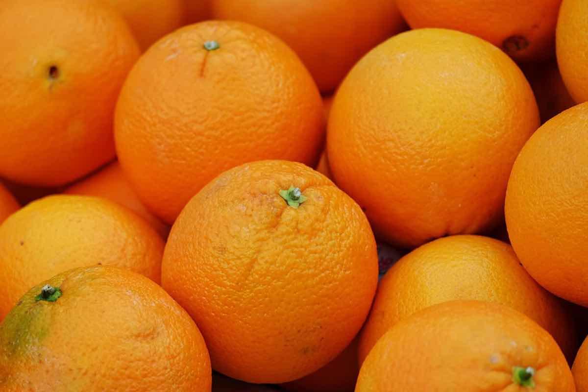 Le arance fanno bene o male? Pareri a confronto, ecco la verità