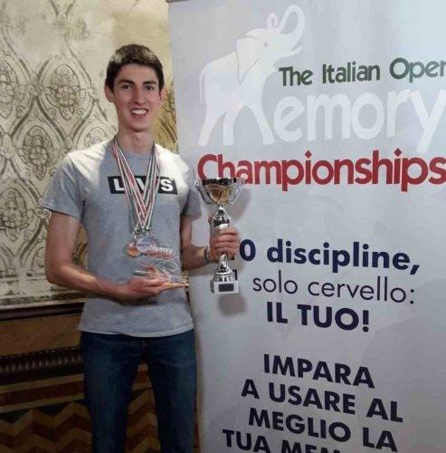 Andrea Muzii campione del mondo di memoria