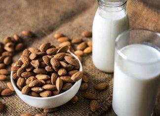 Latte di mandorla, benefici e proprietà: ideale per chi vuole restare in forma
