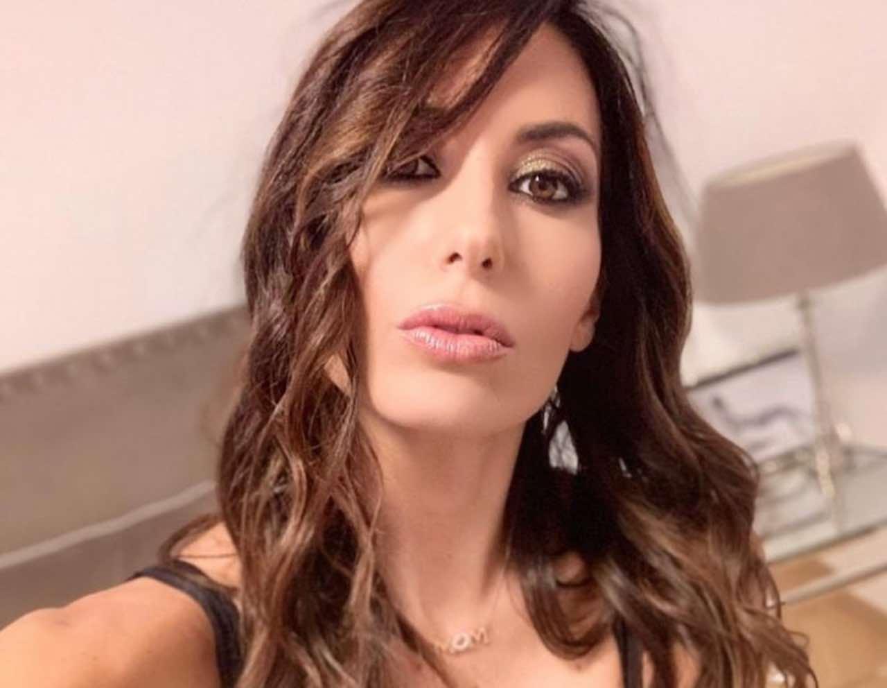 Elisabetta Gregoraci bellissima in bikini: Flavio Briatore si arrabbia