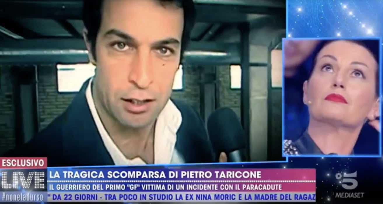 Barbara d'Urso ricorda Taricone a Live: Cristina Plevani lascia lo studio