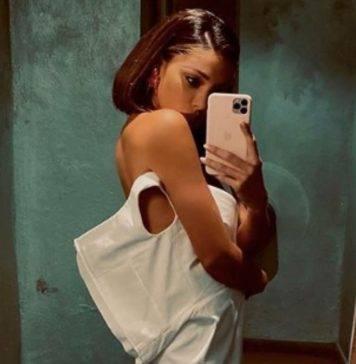 Belen Rodriguez balla scatenata: non indovinerete mai il suo partner