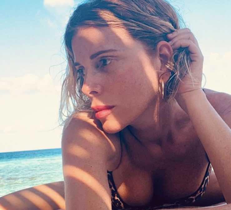 Alessia Marcuzzi via dall'Isola Dei Famosi? Al suo posto c'è proprio lei
