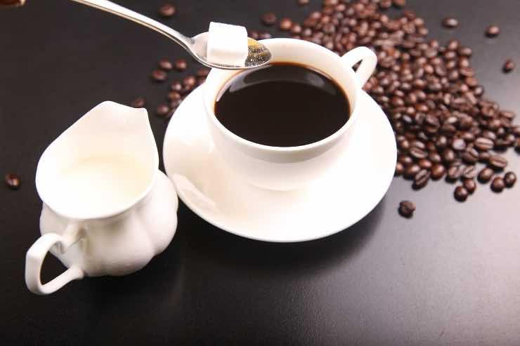 Il caffè fa dimagrire? Ecco la verità e i miti da sfatare sulla bevanda