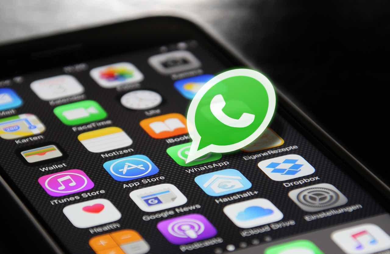 WhatsApp sarà a pagamento? La verità che non ti aspetti