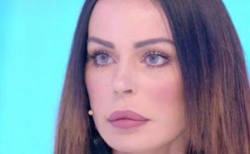 """Nina Moric VS Favoloso, la show girl si ritira: """"Non parteci"""