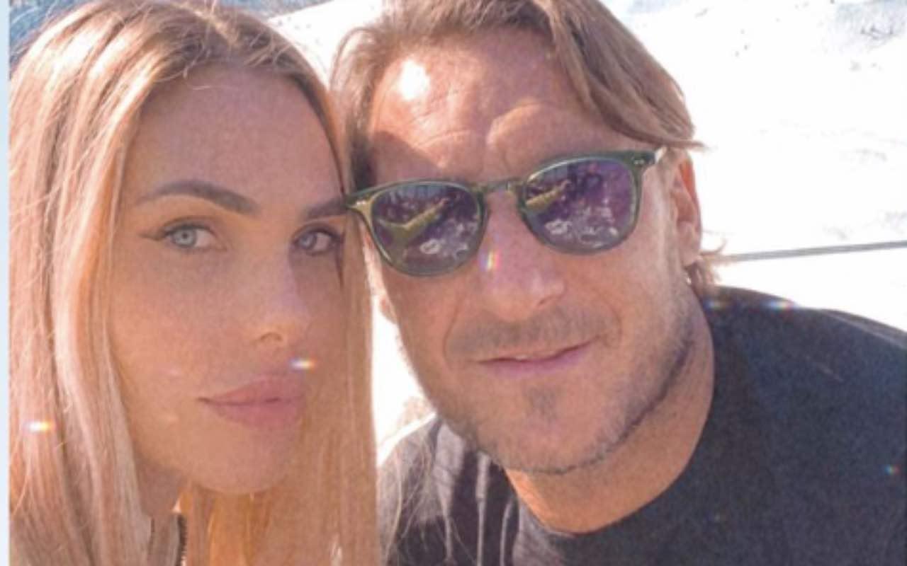 Francesco Totti e Ilary Blasi, quanto amore sulla neve!