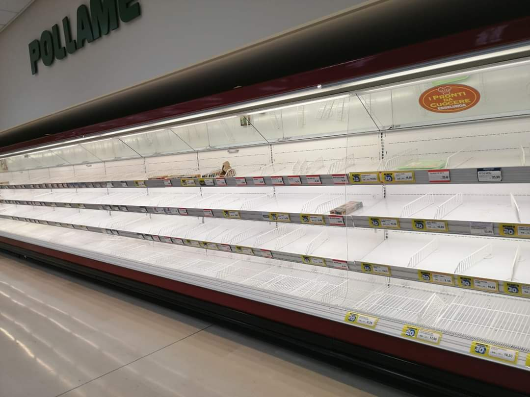 Assalto ai supermercati, introvabili mascherine e disinfettanti