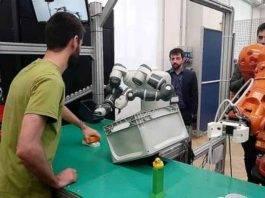 Tecnologia: apre a Milano, la prima palestra per robot