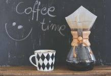 Caffè dopo cena, verità e falsi miti: è vero che non fa dormire?