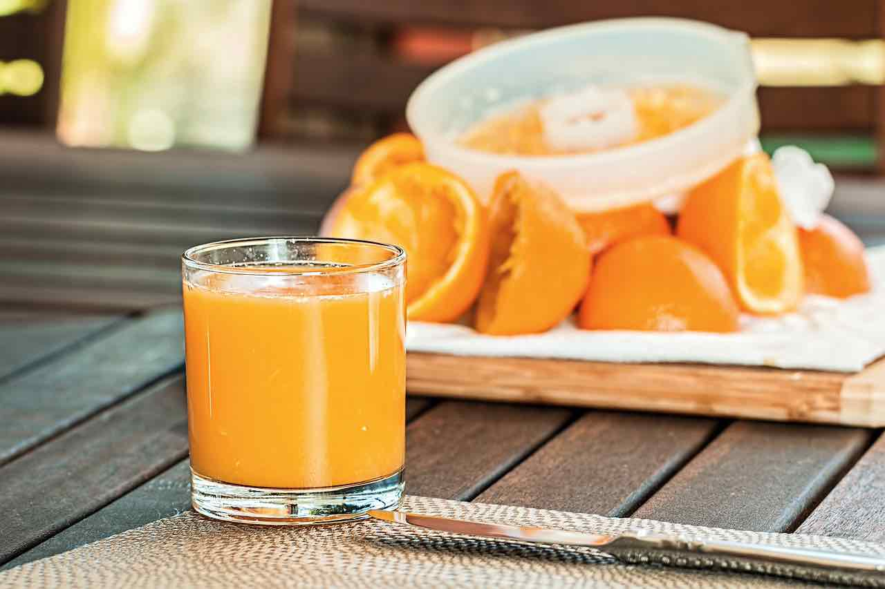 Succo d'arancia per dimagrire: ecco come funziona e gli altri benefici