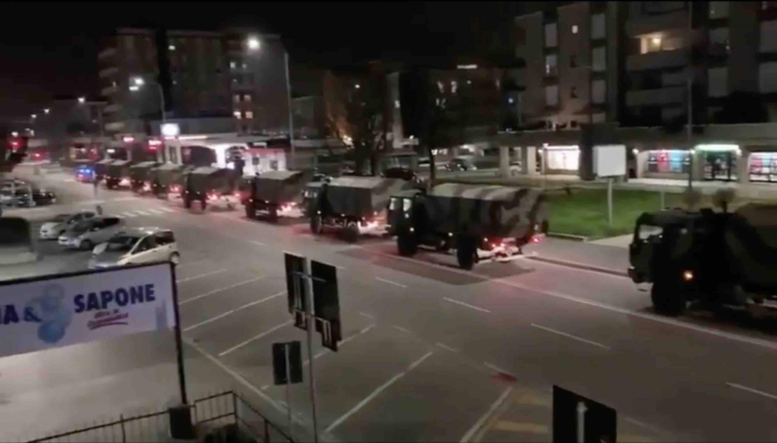 Coronavirus, Bergamo: nuovo uso dei mezzi militari per lo spostamento delle bare