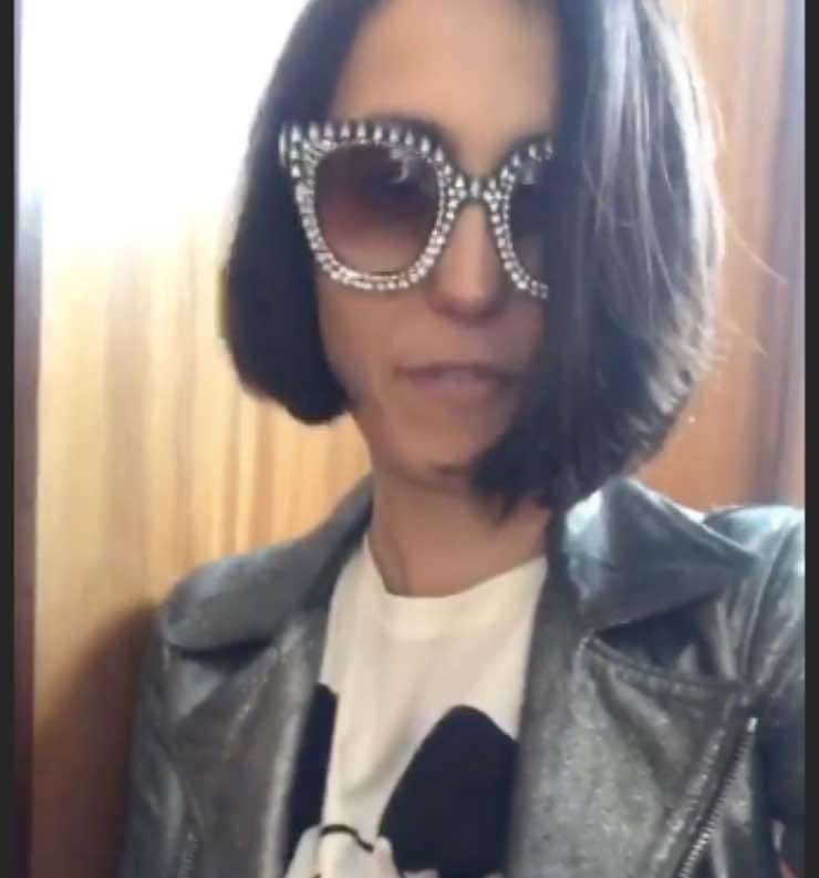 Caterina Balivo esce da casa: l'outfit da quarantena fa impazzire i fan