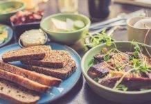 Covid-19, cena leggera in quarantena: ecco alcune idee semplici e veloci