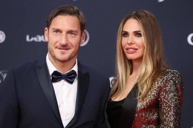 Coronavirus, Francesco Totti e Ilary Blasi in quarantena: fan preoccupati