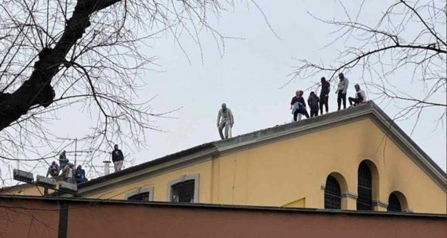 Paura Coronavirus: disordini e scontri nelle carceri italiane