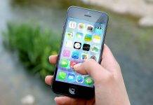 Coronavirus, lo smartphone va disinfettato? La risposta degli esperti